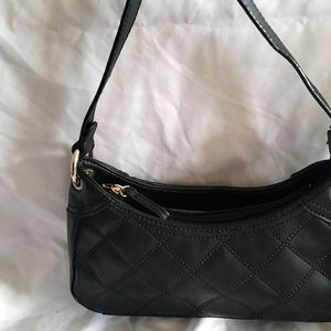 VILLAGER by : LIZ CLAIBORN quilted leather handbag